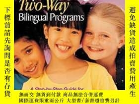 二手書博民逛書店Designing罕見And Implementing Two-way Bilingual ProgramsY