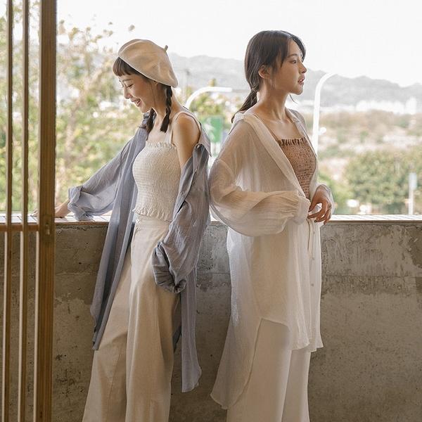 Queen Shop【01024087】輕薄舒適特殊紋路長版襯衫 三色售*現+預*