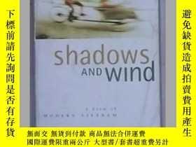 二手書博民逛書店【8品】《罕見Shadows and Wind 》 Bob Te