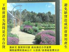 二手書博民逛書店New罕見Zealand Gardens Open to Vis