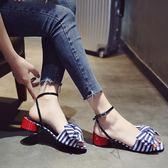 韓版簡約時尚一字扣涼鞋女學生粗跟條紋蝴蝶結露趾女鞋吾本良品