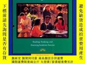 二手書博民逛書店The罕見College Learner: Reading Studying And Attaining Acad