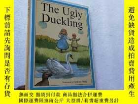 二手書博民逛書店The罕見Ugly Duckling 16開 精裝Y10893
