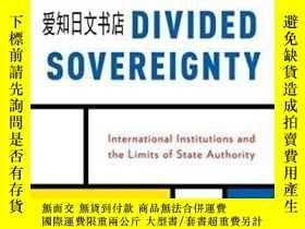二手書博民逛書店【罕見】Divided Sovereignty: Interna