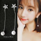 925純銀針  韓國優雅氣質  鋯鑽五片花珍珠 耳環-維多利亞181295