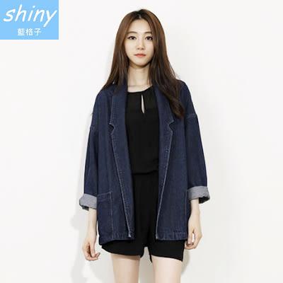 【V1203】shiny藍格子-潮流達人.百搭翻領寬鬆中長款牛仔開衫外套