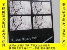 二手書博民逛書店Russell罕見Square Park:a true love