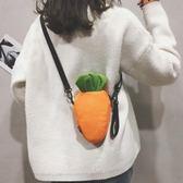 斜垮包包秋冬小包包女新款搞怪胡蘿卜包時尚單肩斜背包可愛森繫帆布包走心小賣場
