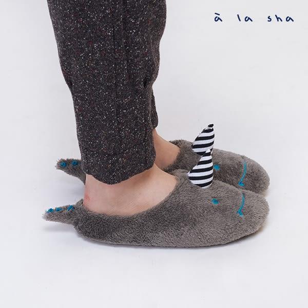 a la sha  毛毛烏龍保暖室內拖鞋