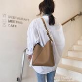 大容量子母包包女2020新款韓簡約復古水桶包百搭拼接側背斜背包潮 艾瑞斯