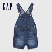 Gap男嬰 棉質水洗吊帶牛仔短褲 542780-深水洗靛藍