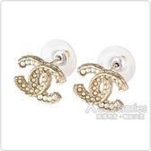 CHANEL 雙C LOGO大小珍珠鑲飾穿式耳環(金)