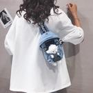 胸包 牛仔布包包女2021新款日系可愛小熊單肩胸包潮百搭卡通斜挎包【快速出貨八折下殺】