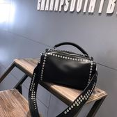 機車包女包手提包2歐美時尚百搭單肩包斜背包潮流個性鉚釘機車包【完美生活館】