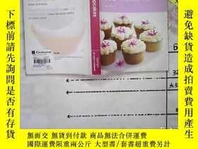 二手書博民逛書店200罕見cupcakes 200個紙杯 糕Y167972 三聯