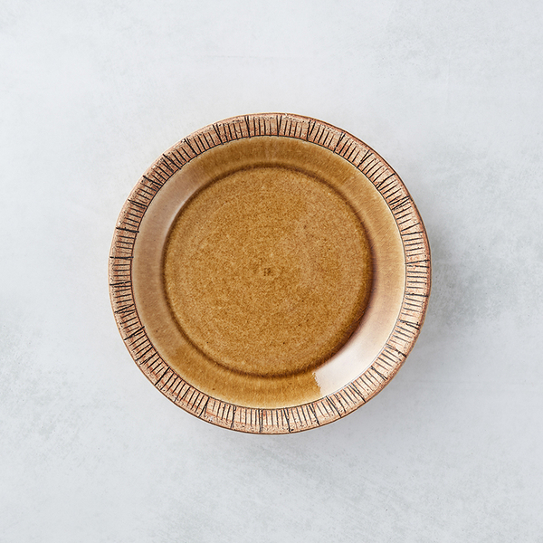 日本美濃燒 - 細雕紋小盤 - 赭石黃
