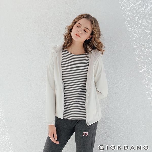 【GIORDANO】女裝Softshell三合一高機能炫彩刺繡連帽外套-02 雪白