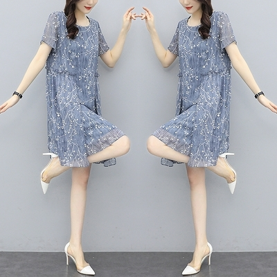 胖妹妹大碼洋裝連身裙~碎花連身裙女韓版寬松遮肚胖MM時尚雪紡短袖a字裙N118A1愛尚布衣
