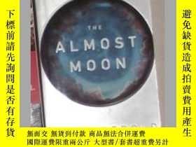 二手書博民逛書店英文原版罕見The Almost Moon by Alice S