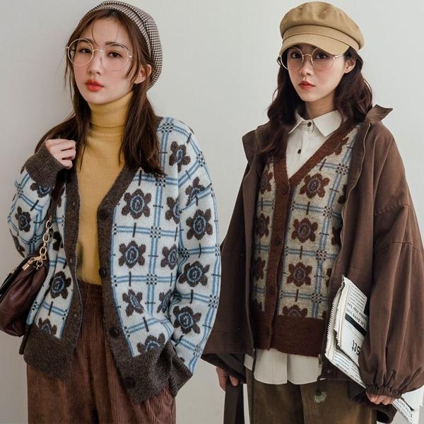 現貨-MIUSTAR 復古配色大花混絨針織外套(共2色)【NH3646】