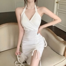 純欲風掛脖修身包臀短裙女夏季吊帶洋裝綁帶氣質小裙子 錢夫人小舖
