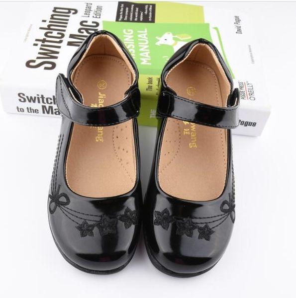 兒童鞋學生演出皮鞋亮黑色女童單鞋表演小白鞋軟底花童禮服公主鞋【蘇迪蔓】