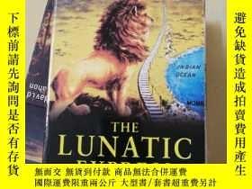 二手書博民逛書店the罕見lunatic express(瘋狂快車)Y24487