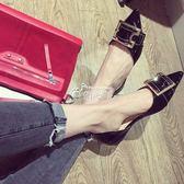 單鞋方扣漆皮平底鞋復古羅馬鞋中空淺口尖頭女鞋 俏腳丫