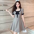 VK精品服飾 韓國風優雅格紋蝴蝶結方領氣質短袖洋裝