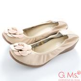 G.Ms.  經典山茶花‧柔軟彎折厚底坡跟牛皮娃娃鞋‧奶油杏米