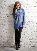 【BTIS】長版刷色單寧女襯衫 藍色