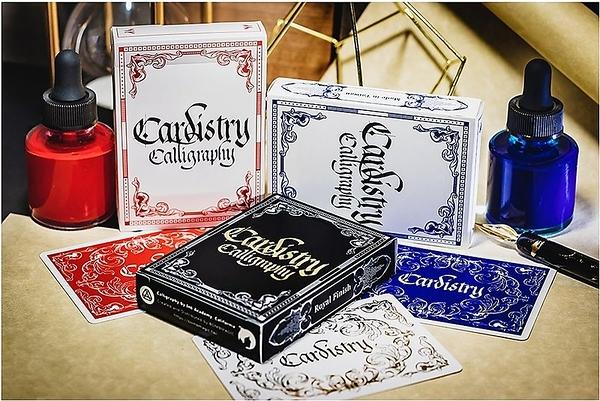 【BOMB 撲克】撲克歐文書法藝術.Cardistry x Calligraphy 藍/紅