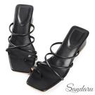 涼鞋 時髦交叉細帶套趾中跟拖鞋-黑