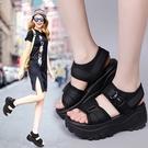 2021新款涼鞋女式夏厚底增高坡跟鬆糕運動休閒羅馬搖搖沙灘鞋2020 果果輕時尚