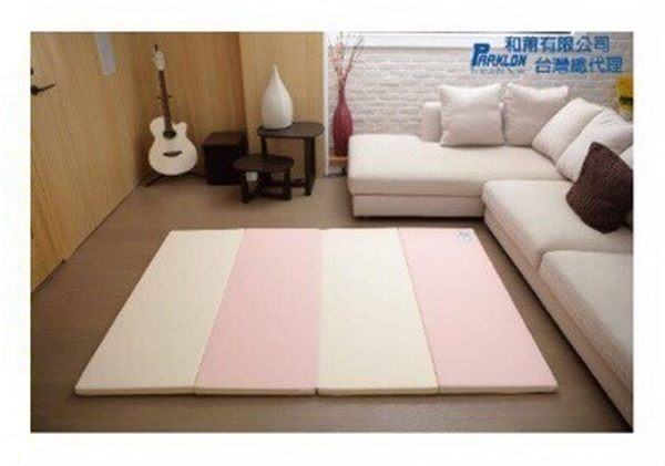 【現貨1組】Parklon-大馬卡龍4色摺疊墊200*140*4cm 粉色 5900元