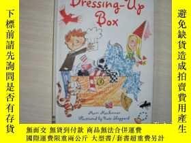 二手書博民逛書店THE罕見DRESSING-UP BOX【194】Y10970 Mairi Mackinnon USBORNE