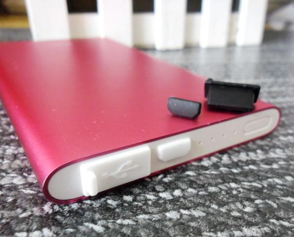 《USB + 充電孔 》防塵塞 USB Micro 2件組 充電孔 三星 HTC