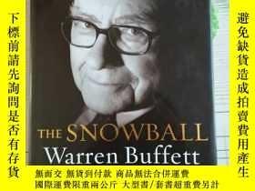 二手書博民逛書店The罕見Snowball:Warren Buffett and