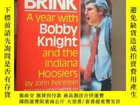 二手書博民逛書店A罕見Season on the BrinkY194136