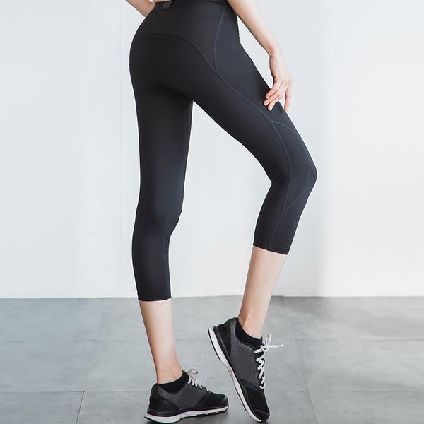 瘋搶699|LEAP 女子限定Ultra fit 運動壓縮緊身七分褲S/M/L/XL《WUZ屋子》