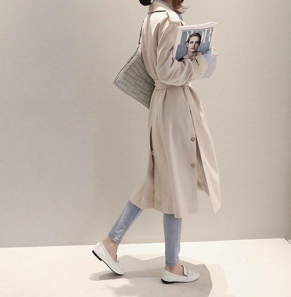 梨卡★現貨 - 韓國空運中長版風衣 - 小香風雙排扣繫帶綁帶外套大衣 A122