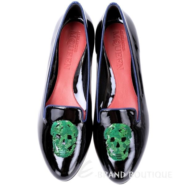 Alexander McQueen 亮片骷髏頭漆皮樂褔鞋(黑色) 1540159-01