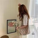手提袋女百搭側背包購物布袋環保袋【愛物及屋】