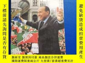 二手書博民逛書店Tobias罕見Jones :The Dark Heart of Italy: Travels through S