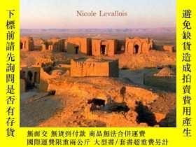 二手書博民逛書店Les罕見Deserts d Egypte (French Ed