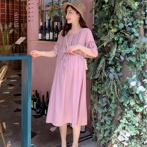 刺繡抽繩孕婦洋裝 粉色【CUH17509】孕味十足 孕婦裝