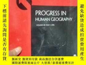 二手書博民逛書店Progress罕見in Human GeographyY153