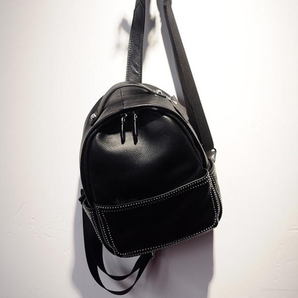 後背包-真皮-個性鉚釘多口袋時尚女雙肩包2款73yi3【巴黎精品】