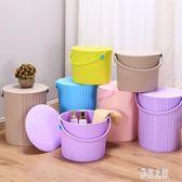 大號加厚塑料水桶凳手提洗澡桶可坐釣魚多用收納儲物洗車帶蓋 DR2882【彩虹之家】