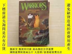 二手書博民逛書店Warriors罕見#5: A Dangerous Path貓武